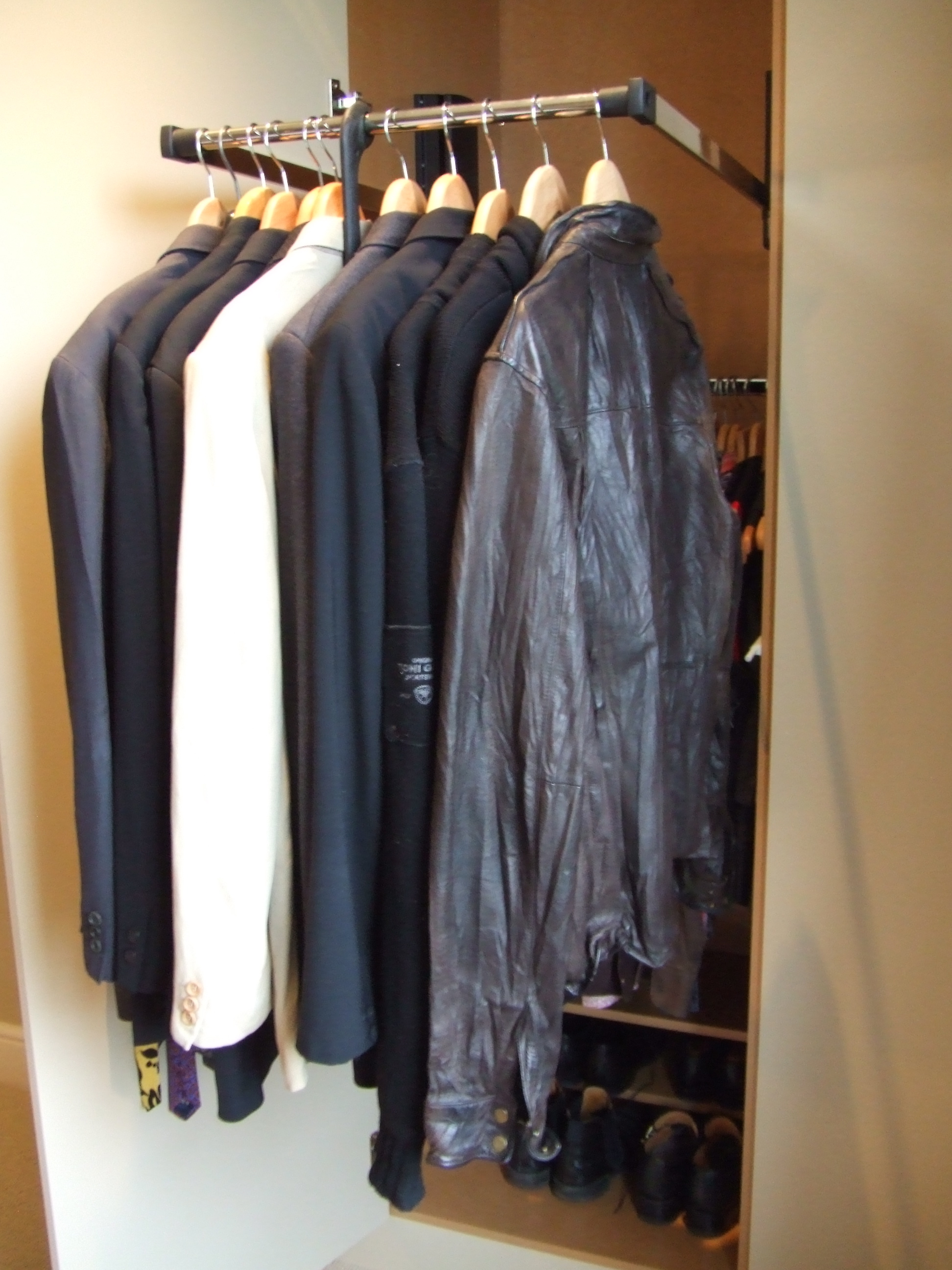 Simple Modern Wardrobes With Pull Down Clothes Rail